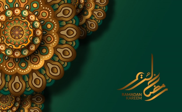 Islamitische wenskaartsjabloon. luxe motief geometrische traditionele mandala patroon met groene achtergrond en ramadan kareem kalligrafie