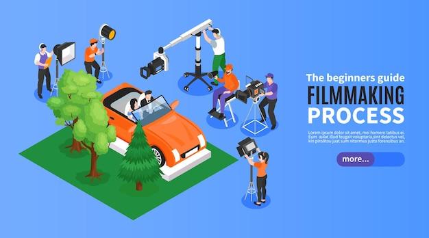 Isometrische cinematografie horizontale banner met filmsetelementen opnameploeg en bewerkbare tekst met meer knop