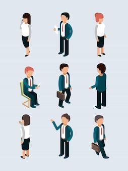 Isometrische zakenmensen. jonge mannelijke vrouwelijke office managers directeur werknemers in actie stelt team dialoog vector 3d zakelijke personages