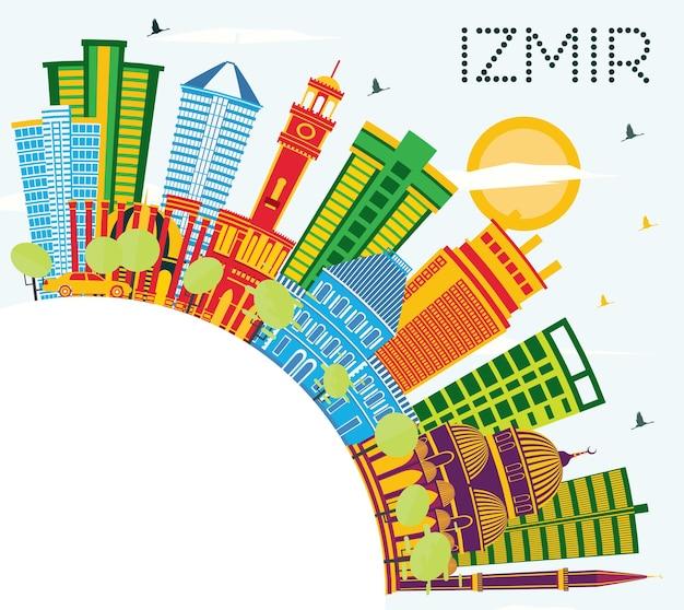 Izmir turkije city skyline met kleur gebouwen, blauwe lucht en kopie ruimte. vectorillustratie. zakelijk reizen en toerisme concept met moderne architectuur. izmir stadsgezicht met monumenten.