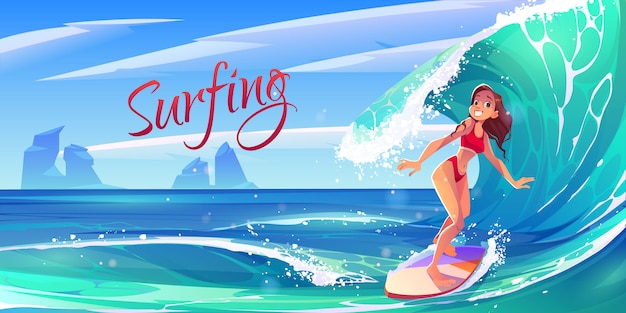 Jong brandingsmeisje die oceaangolf aan boord berijden