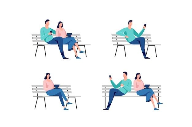 Jonge man en vrouw zitten in het stadspark op de bank