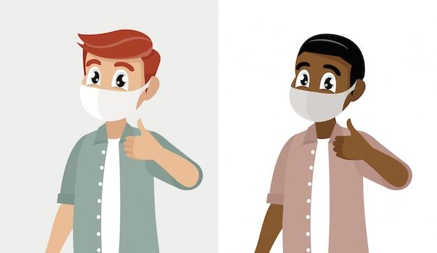 Jonge mens die gezicht behandelen met medisch masker en duimen op symbool tonen.