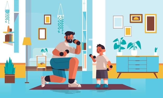 Jonge vader en zoon doen fysieke oefeningen met halters ouderschap vaderschap concept vader tijd doorbrengen met zijn kind woonkamer interieur volledige lengte horizontale vectorillustratie