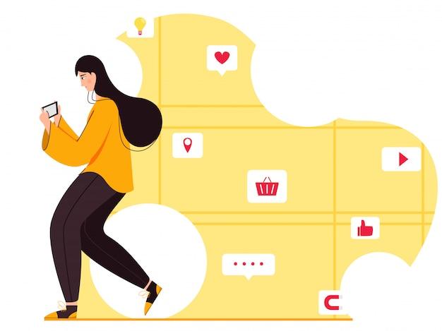 Jonge vrouw met behulp van smartphone met online sociale media-app