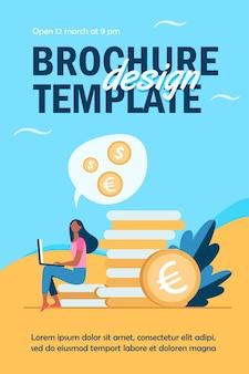 Jonge vrouw met laptop zittend op stapel van gouden munten flyer-sjabloon