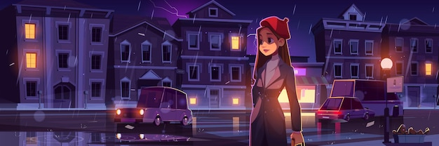 Jonge vrouw op nachtstraat bij regenachtig weer in de stad met auto's