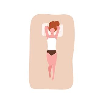 Jonge vrouw slapen op haar rug met handen onder het hoofd. vrouwelijke karakter ontspannen tijdens de nacht sluimer op comfortabel bed. jong meisje dommelen op gezellige matras. bovenaanzicht. platte cartoon vectorillustratie.
