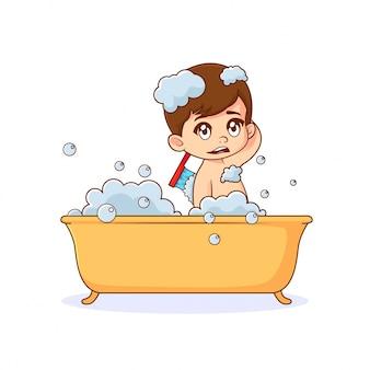 Jongen die een bad in badkuip op witte achtergrond neemt