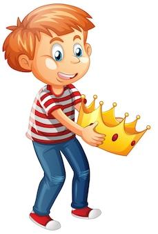Jongen die een karakter van het kroonbeeldverhaal houdt dat op witte achtergrond wordt geïsoleerd