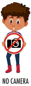 Jongen die geen geïsoleerd camerateken houdt