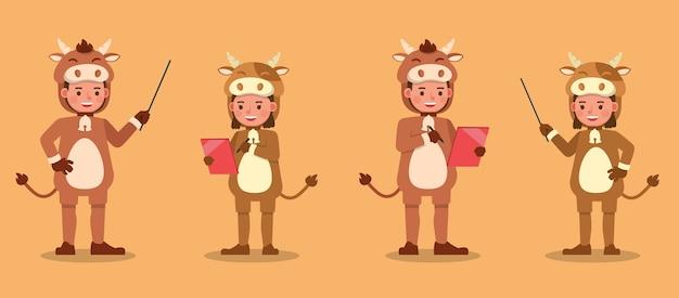 Jongen en meisje die het karakter van koekostuums dragen. presentatie in verschillende acties met emoties.