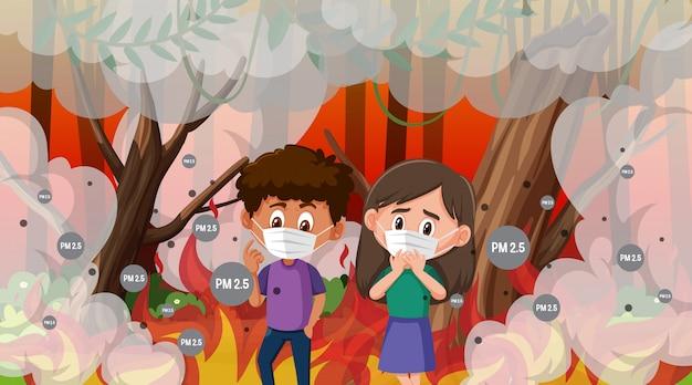 Jongen en meisje die masker in wildfire met veel rook dragen