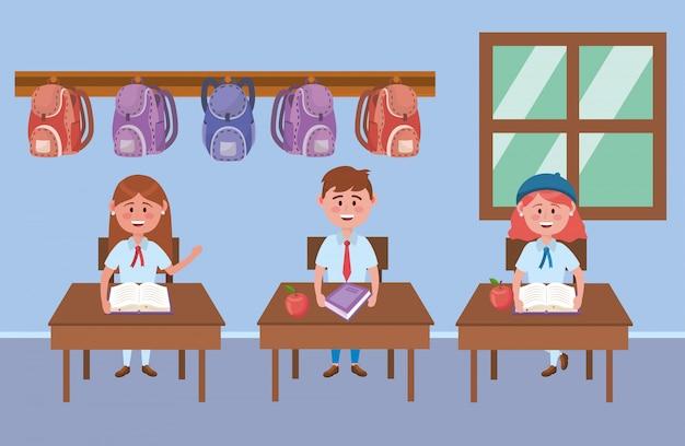 Jongen en meisjes kind van school
