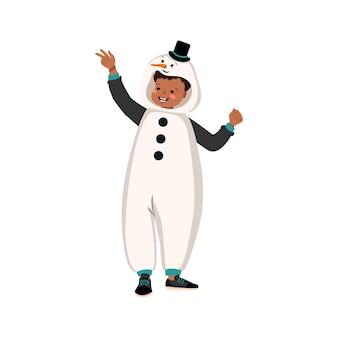 Jongen in carnavalskostuum van sneeuwpop feestelijke kleding voor pyjama party theater nieuwjaar of kerst...