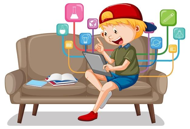 Jongen zittend op de bank leren van tablet