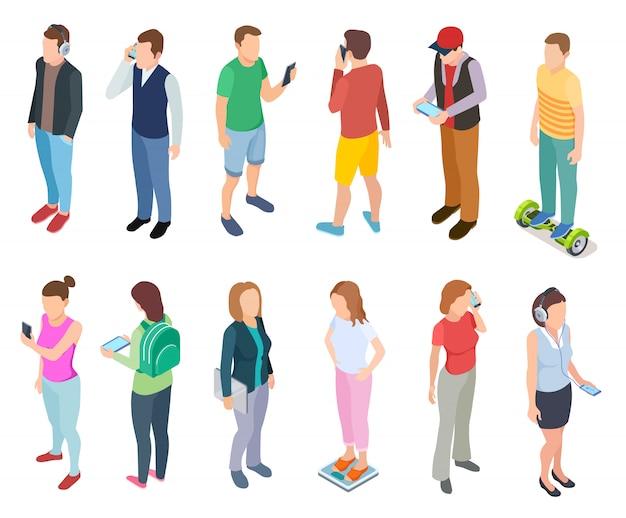 Jongeren spreken smartphone in stijlvolle casual hipster kleding jonge jongens tablets personen telefoon set