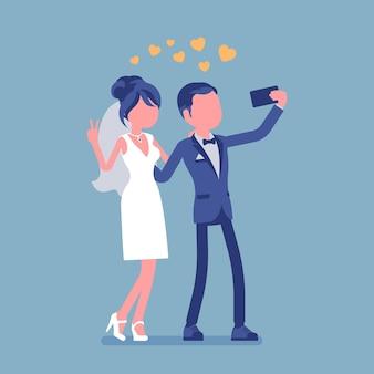 Jonggehuwde selfie te nemen via de telefoon illustratie