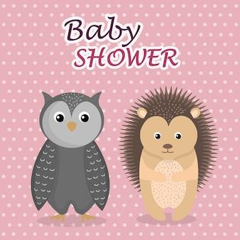 Kaart van de baby douche met schattige uil en stekelvarken
