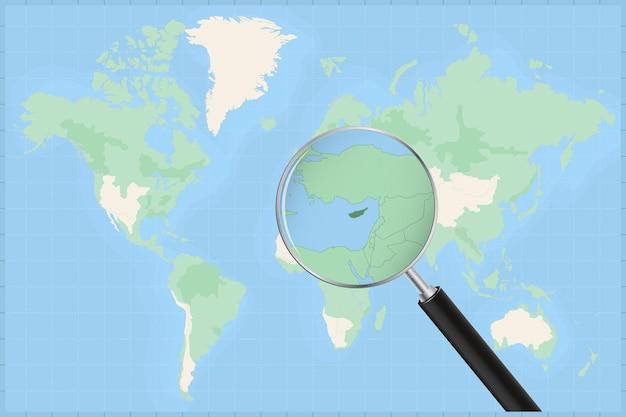 Kaart van de wereld met een vergrootglas op een kaart van cyprus.
