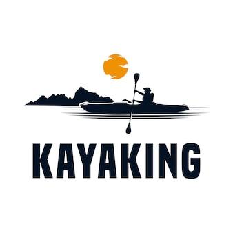 Kajakken sport logo ontwerpsjabloon
