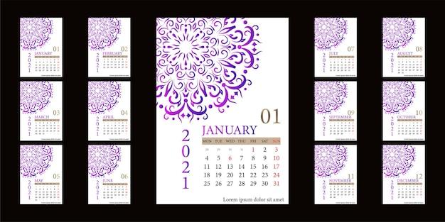 Kalender 2021 met mandala ornament of bloem achtergrondontwerp.
