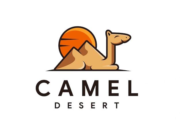 Kameel en woestijn cartoon mascotte logo