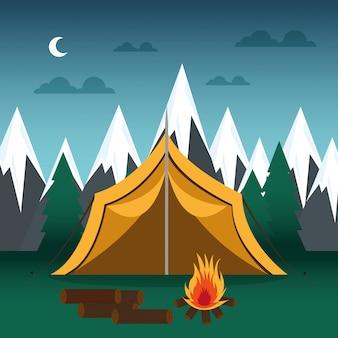 Kampeerplaats met tent en kampvuur