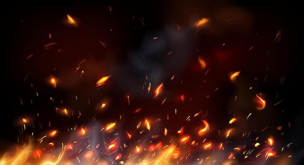 Kampvuur, open haard vliegende vonken, brandende vlam