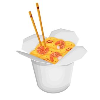Kartonnen doos met chinese noedels met garnalen en eetstokjes