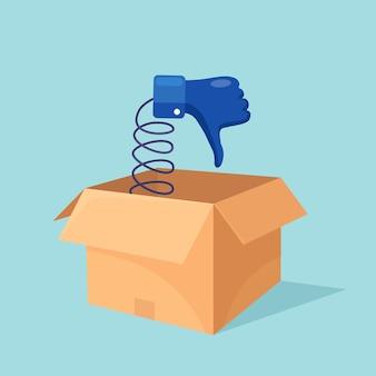 Kartonnen doos met duimen naar beneden geïsoleerd op blauw