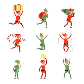 Kerst elf karakters. santa elfen, jonge kerst helper in hoed met cadeau. geïsoleerde dwerg werken, grappige winter nieuwe jaar werknemers vector set. illustratie karakter elf kerst, kerst dwerg met geschenken