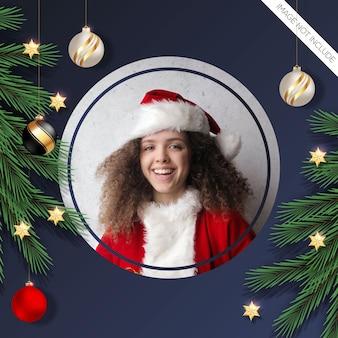 Kerst fotolijst pijnboomtak rood en zwart kerstbal