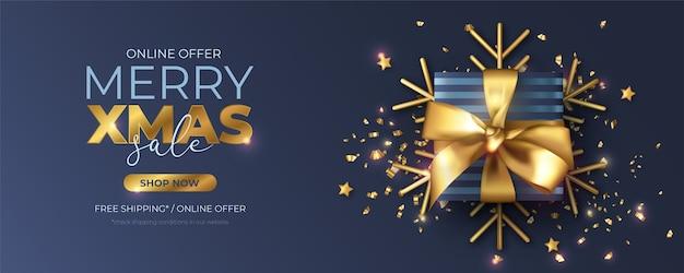 Kerst verkoop banner met realistisch cadeau en decoratie