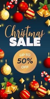 Kerst verkoop flyer ontwerp met ballen