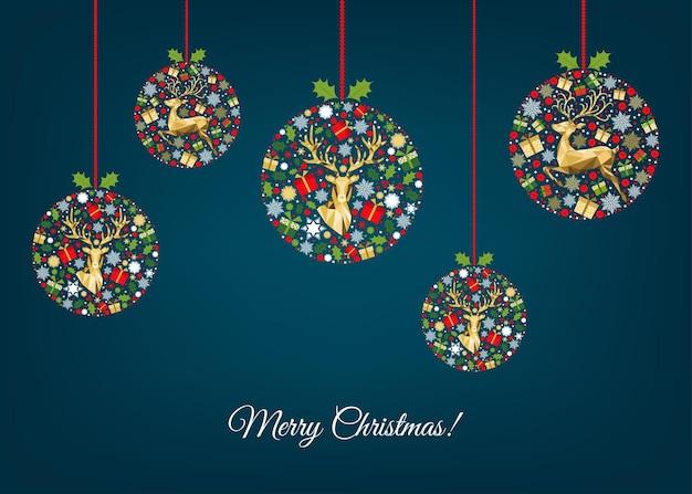Kerst wenskaart. gelukkig nieuwjaar blauwe achtergrond. xmas bal met gouden rendieren, geschenken en sneeuwvlokken. rode, groene, witte boomdecoratie. kleurrijk patroon. vector sjabloon.