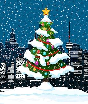 Kerst winter stadsgezicht, sneeuwvlokken en bomen
