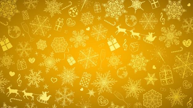Kerstachtergrond van grote en kleine sneeuwvlokken en verschillende kerstsymbolen, wit op gouden