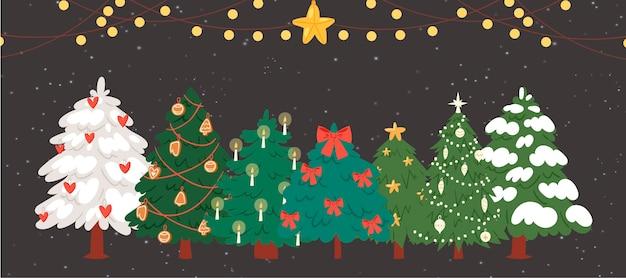 Kerstbomen, sparren met slingers en lichten