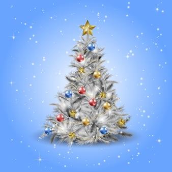 Kerstboom met kerstster, ballen en lichten. zilverspar of grenen.