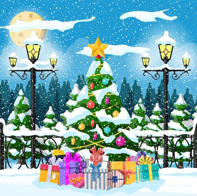 Kerstboom met slingers en ballen