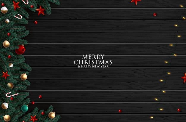 Kerstboomtakken op houten achtergrond