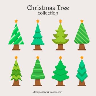 Kerstcollectie van acht bomen in verschillende tinten groen