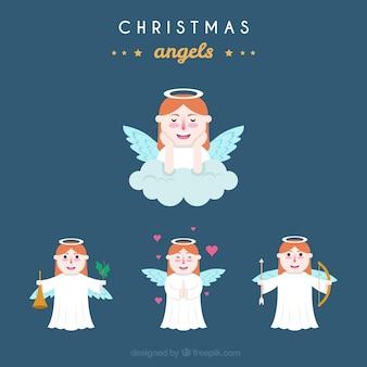 Kerstengelen in witte gewaden
