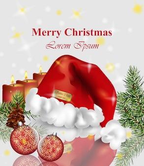 Kerstkaart met kerstmuts en snuisterijen