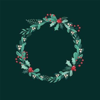 Kerstkrans van takken, bladeren, bessen, hulst, witte maretak, poinsettia.