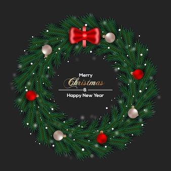 Kerstkransdecoratie met dennentakken en kerstbal