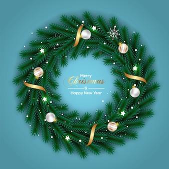 Kerstkransdecoratie met witgouden bal