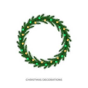 Kerstlichten. realistische veelkleurige lichtslingers voor nieuwjaar en kerstmisseizoen