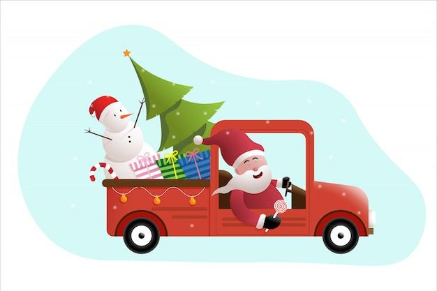 Kerstman en sneeuwpop rijden rode kerstauto met doos cadeau en pijnboom